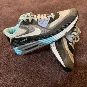 Nike Air Max Wo's sz 9